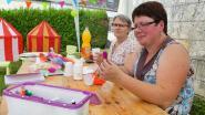 Bel atelier de création de fleurs en papier à offrir pour le fête des mères