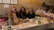 Bijoux, safran, origami de Noël : toutes sortes de cadeaux et décorations originales étaient proposés sur le marché de Noël de Crécy-au-Mont
